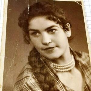 В чем секрет долголетия 90-летней новополочанки Марии Дубовской