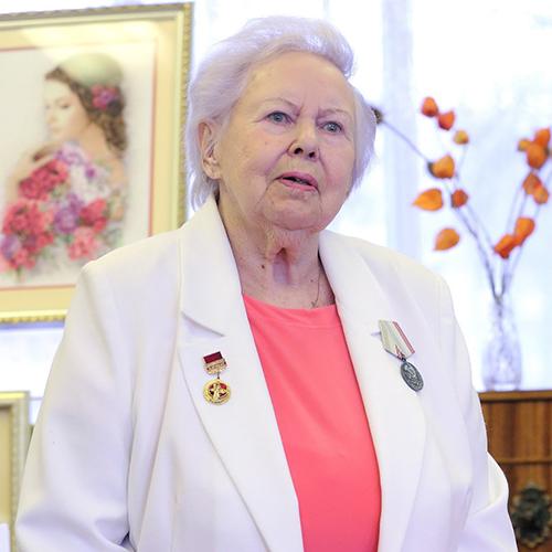 Нина Денисова