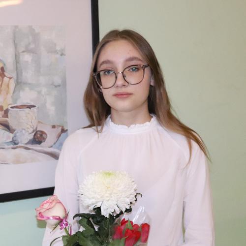 Александра Богрунова1