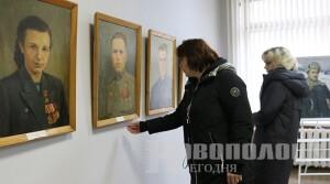 Уникальная выставка картин, написанных героями Великой Отечественной войны, открылась в Новополоцке
