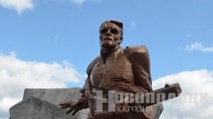 Николай Шерстнёв: Великая Победа объединяет поколения, служит примером сплоченности, единения народов в противостоянии насилию и порабощению (+фото)