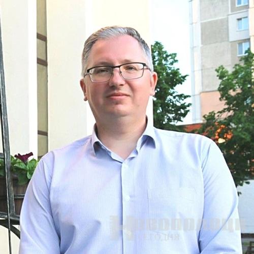 Александр Шостаков