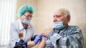 Пенсионеры и вакцинация